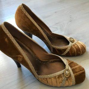 BCBG velvet heels